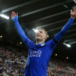 BREAKING: Jamie Vardy sets a new Premier League record! 11 consecutive games with a goal. https://t.co/1zCp1ZsYDz