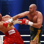 TYSON FURY BECOMES WORLD CHAMPION. 115-112, 115-112, 116-111. Klitschko is beaten. https://t.co/dLh5WGtbdq https://t.co/YtaWeCGYj1