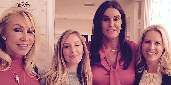 Caitlyn Jenner's ex-wife Linda Thompson posts photo of their sweet Thanksgiving: