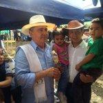 Visitando el proyecto Aldea La Margarita, en Salgar. Compartiendo con las familias beneficiarias. https://t.co/vJGN1pNoqX