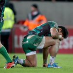 These pictures tell you how much this win means to Connacht #ConnachtMade #MunVCon https://t.co/NgluhRa10P