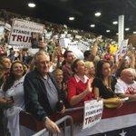 What an unbelievable event in Sarasota, Florida! @realDonaldTrump #MakeAmericaGreatAgain https://t.co/8QXio2Er3t
