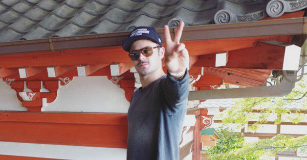 Zac Efron is rocking a sweet 'stache: