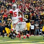 #8 Ohio State puts it on #10 Michigan, 42-13. Ezekiel Elliott: 30 carries, 214 yds, 2 TD #OSUvsMICH https://t.co/FMoxjKGvwg