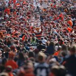 Earlier today, Cam Newton led the Tiger Walk upon his return to Auburn. Good luck trying to find him. #BAMAvsAUB https://t.co/ovVgE5uzMz