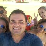 De hj praia com amigos #SabadoComMFSDV https://t.co/ar6bVjXmpi