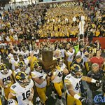 #Hawkeyes with their trophies this year after wins over ISU Wisc Minn & Neb. @marcmorehouse @ScottDochterman @Hlas https://t.co/PHT1J6gGaC