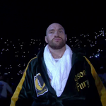 .@Tyson_Fury walks into the ring! We are moments away. Follow it LIVE here: https://t.co/i2fyVrFowu https://t.co/YRZnC6eiSE