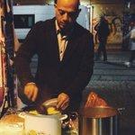 Syrian man repays German hospitality by feeding homeless in Berlin https://t.co/DcB6Rhu627 https://t.co/RAYft2G05b