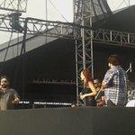 EXCLUSIVAS- Sophia, cantando ao lado de Cesar Menotti e Fabiano. https://t.co/mvJRodE9sy