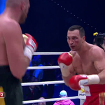 Round seven! A second cut for @Klitschko. Can the champion turn it around? LIVE: https://t.co/i2fyVrFowu https://t.co/BNSyIHbcn5
