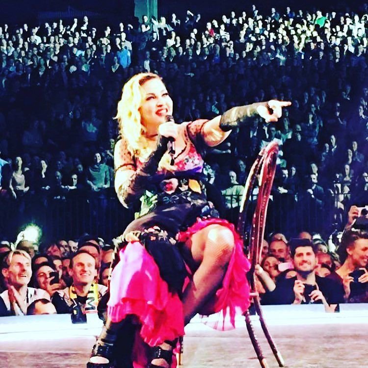 Counting my Blessings in Antwerp! Thank you for a great night! ????????????????????????????‼️. ❤️ #rebelhearttour https://t.co/ussM2hrhDU