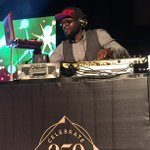 @TeeYMixOfficial on the 1s and 2s keeping it lit! #SpinletatH250 #ThinkMusic https://t.co/Z6v4goGwPR
