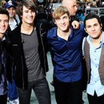 Shoutout to 6 years of BTR! Love to my brothers https://t.co/lEeF3VoSzq