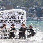 RT https://t.co/cg5YL2eAKr LeftonMain: RT billmckibben: #climatemarch board meeting on the beach in Wellington NZ… https://t.co/XGK85FfgdS