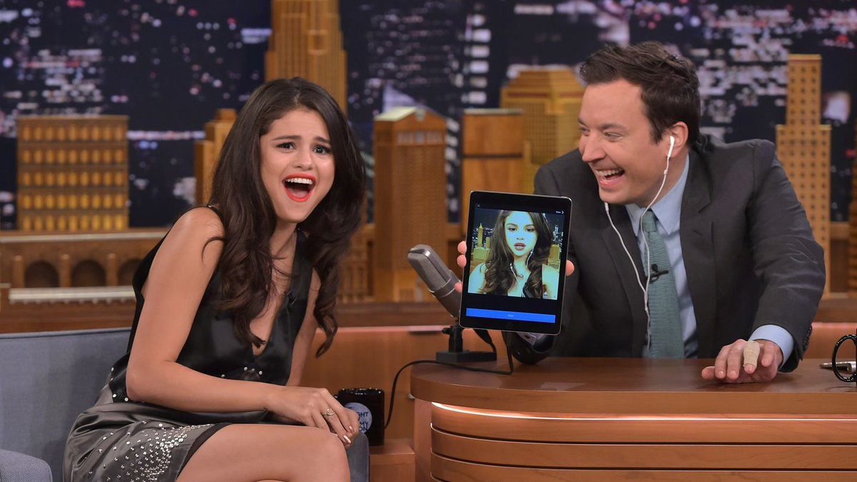 Selena Gomez Can Dubsmash Anything, Including Herself