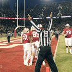 TOUCHDOWN STANFORD. @devoncajuste six-yard catch. #GoStanford #BeatND https://t.co/rX8bGCV48a