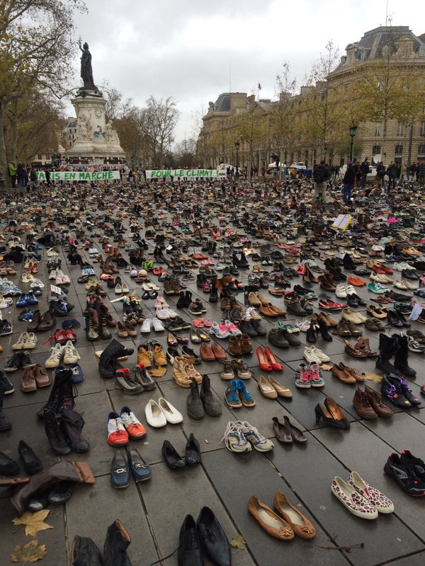 Man, the Parisians know how to be poetic no matter what. Shoes in lieu of #ClimateMarch when rally was disallowed. https://t.co/fvpdzgiY6N