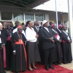 President Museveni, First Lady and members of the clergy watch the plane depart #PopeInUganda https://t.co/VNSEa6883p