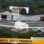 This a is great shot by @ntvuganda #PopeInUganda #GoodbyePopeFrancis https://t.co/oy8hbrV7sJ