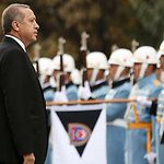 "Flüchtlingspakt mit der Türkei: ""Wachtmeister"" Erdoğan wird immer teurer https://t.co/SbZitQF8Yb https://t.co/CGJ0oTfvby"
