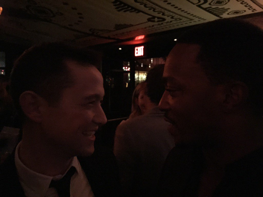 Me and Mackie @TheNightBefore_ premiere.  @AnthonyMackie https://t.co/qkESBWoKSp