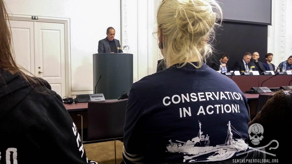 RT @seashepherd: #BREAKING #SeaShepherd Served After Standing-Up 4 #PilotWhales in Front of Danish Parliament https://t.co/5XRWXBDAXV https…