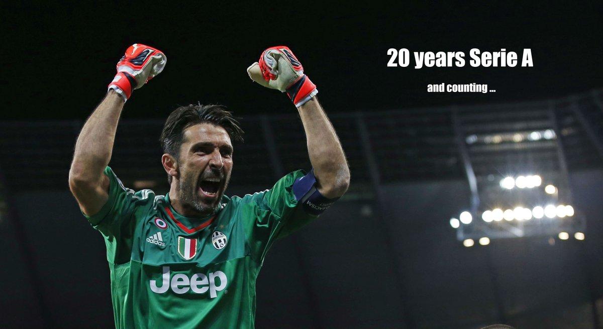 Exact 20 jaar geleden maakte @gianluigibuffon zijn debuut in de @SerieA_TIM bij Parma! #Buffon20Anni https://t.co/nnTcD9rd6K