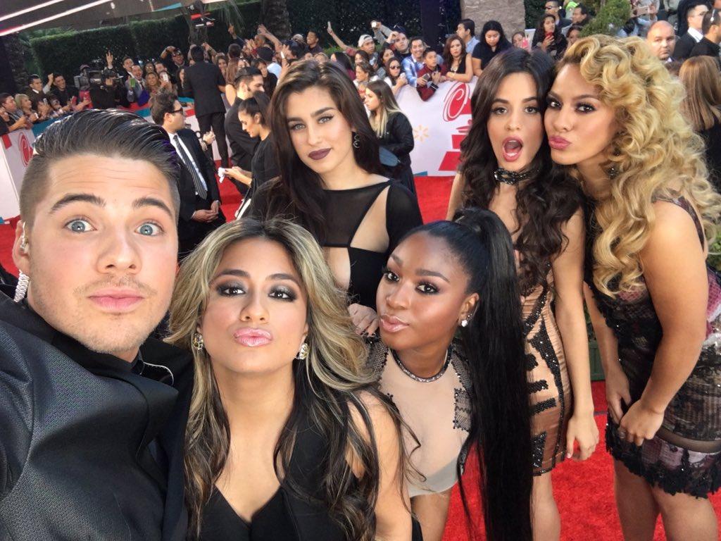 This girls are the bomb! ❤️❤️  @LatinGRAMMYs @Univision #LatinGrammy @FifthHarmony https://t.co/xpYbg3EZT1