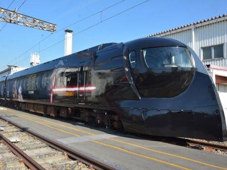 南海電鉄、新作「スター・ウォーズ」仕様の特別車両を公開 https://t.co/xG2TEuE5VJ https://t.co/aUTmZ3WHN2