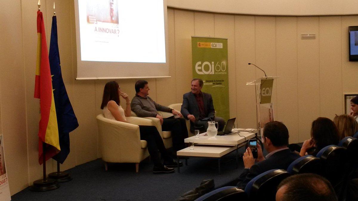 En @eoi @JoseantonioJun emitiendo en directo el libro de @Juanfradelgado con @Edurne_Pasaban y @paco_lobaton https://t.co/qKio4kfbpZ