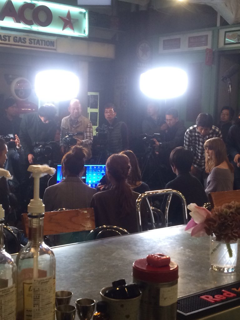 今夜 放送の「山Pのキス英語」は 私 canaが撮影に立ち合い うちのカフェで撮影をしたのが 放送されます。ゲストは品川庄司の品川さん。山Pも楽しんで撮影してました。放送が楽しみ✽(′ॢᵕ ‵ *ॢ)✽ https://t.co/tfbLnDbUKB