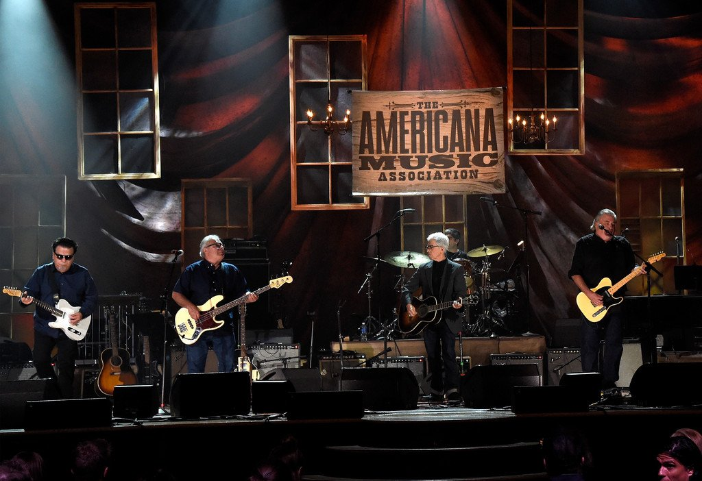 .@acltv presents @AmericanaFest Awards airing TOMORROW on @PBS! Los Lobos received the Lifetime Achievement Award! https://t.co/xuEU2YkDga