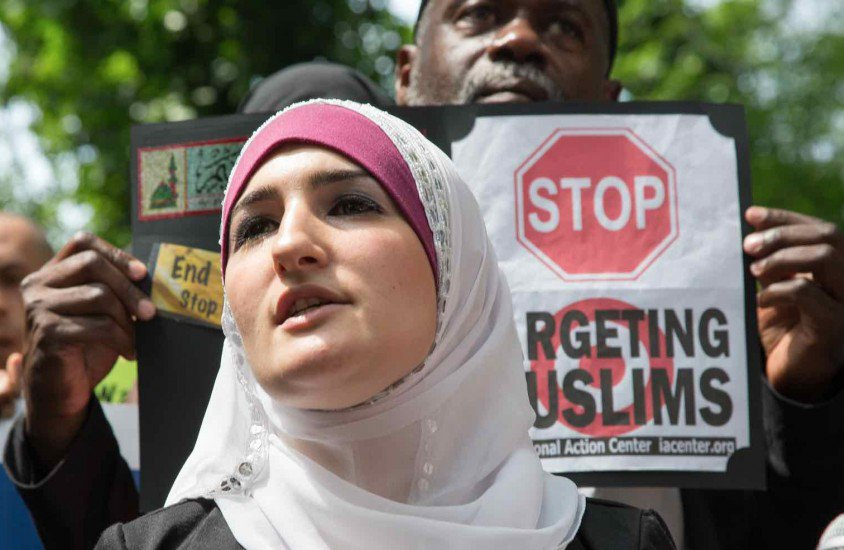 1 million Muslims live in NYC. They shouldn't be facing discrimination, writes @lsarsour https://t.co/VzqRefhai2 https://t.co/uss2ditXi9