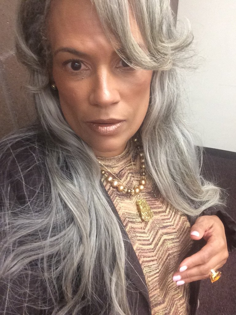 Hello Wonderful You @FeministaJones this is what 53 looks like #divalivingwithaids https://t.co/SoCLgSdHOc