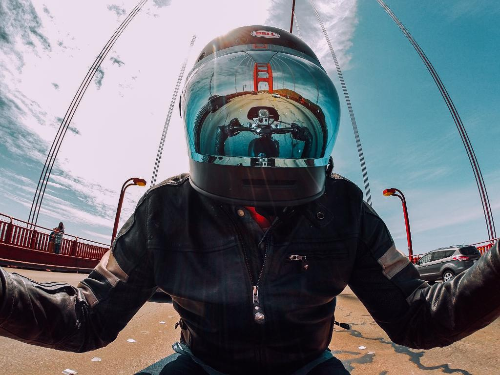 Photo of the Day! Showing off that brand new shiny helmet. #📷: @KyleCamerer. #GoPro #SanFrancisco https://t.co/fzwmL5Q8Im