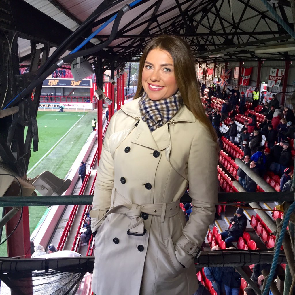So today I'm mostly styled on the 80s football hooli look for @SoccerSaturday #trench #Aquascutum #Becksy #bfc #nffc https://t.co/KV2MN9ifz0