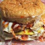 Burger ramly = burger legend kat malaysia.  Mcd ke burger bakar ke tak boleh tandingi burger ramly. https://t.co/gQXtNnYe8p