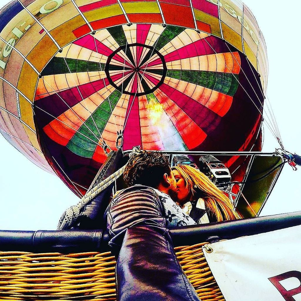 #throwback when we went hot air ballooning #travel #travelpics #travelphotos #instatravel … https://t.co/OyUTRbZBnU https://t.co/yWNsQkkzl8