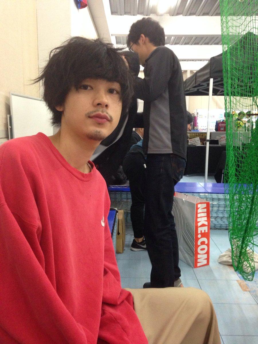 (((o(*゚▽゚*)o))) いい夫婦の日。おめ♡ RT @kinukoi: 成田凌、本日誕生日、おめでとう!私から見た成田は、おしゃれ、モテる、華がある、そして酒好き(笑。専属モデルの中では坂口と1、2を争う。) https://t.co/1alE1FLGA5