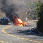 Accidente sobre Carretera Federal 200 entre Huatulco y Salina Cruz,motociclista fallecido participante d Moto Fest. https://t.co/tVasyXXT4W
