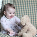 She is just too cute! Princess Charlotte is one happy baby: https://t.co/LuZOyYkH2s https://t.co/pOffU6ax5X