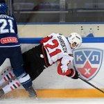 Хоккеисты @hcavangardomsk обыграли @dynamo_ru 3:2 (б) - впервые с апреля 2012 года. Саммари: https://t.co/fLRcR1UHjn https://t.co/UOFuRDMiau