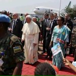 Pope in Central African Republic, security assistance by @UN_CAR peacekeepers including @RwandaMoD #PopeinAfrica https://t.co/EbS7p3KoHp