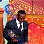 نبارك لنجم منتخبنا الوطني والنادي الأهلي الإماراتي حصول #أحمد_خليل على جائزة أفضل لاعب في آسيا. #الإمارات https://t.co/uHoHLFuQYg