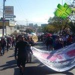 #ReporteNSS Avanza marcha de la Sección 22 hacia el zócalo capitalino #EvaluaciónDocente #Oaxaca https://t.co/GDFauanKGy