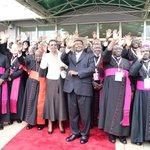 #PopeInUganda [PHOTOS]: The Popes Final Moments on Homeland Uganda the Pearl of Africa Cc. @newvisionwire @Pontifex https://t.co/m8WUdqlvjA