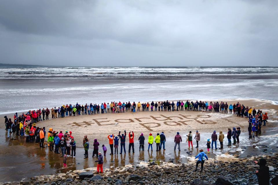 Great climate justice gathering out on the wild atlantic edge this morning #EarthToParis #ClimateMarch @RoisinGarvey https://t.co/ijKXvPg4A6