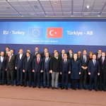 Family photo of the #Turkey-#EU Summit which will re-energize #Turkey-#EU relations. https://t.co/c8VGKIRrYC