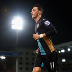 Mesut Ozil has scored or assisted 71% of Arsenals last 14 Premier League goals ???????????? https://t.co/lsQlmoScsn
